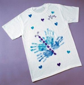 Cómo hacer una camiseta casera pintada para regalar  e0a651c028905
