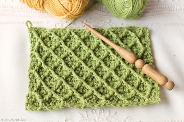 Download Diamond Stitch Blanket Crochet Pattern (FREE) | Crochet ...