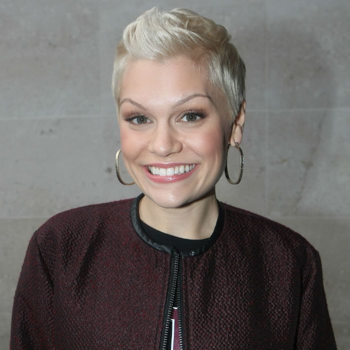 Jessie J Short Haircut Hair Color Ideas And Styles For 2018