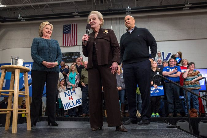 Gloria Steinem and Madeleine Albright Scold Young Women Backing Bernie Sanders - The New York Times
