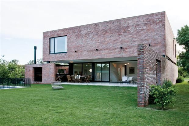 Casa de ladrillo visto buscar con google ladrillo for Casas modernas ladrillo