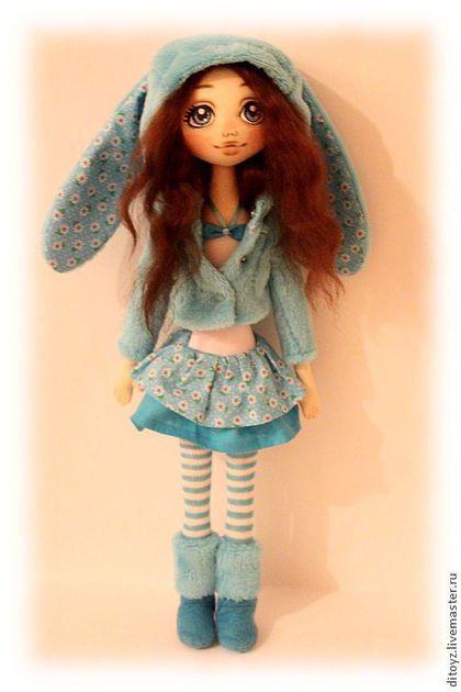 Коллекционные куклы ручной работы. Ярмарка Мастеров - ручная работа Девочка-зая Олли, 40 см, текстильная кукла. Handmade.