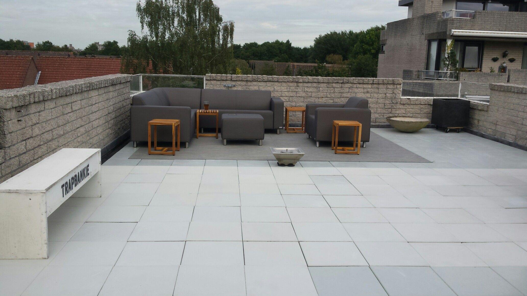 Roof garden dakterras all weather loungeset met buiten tapijten