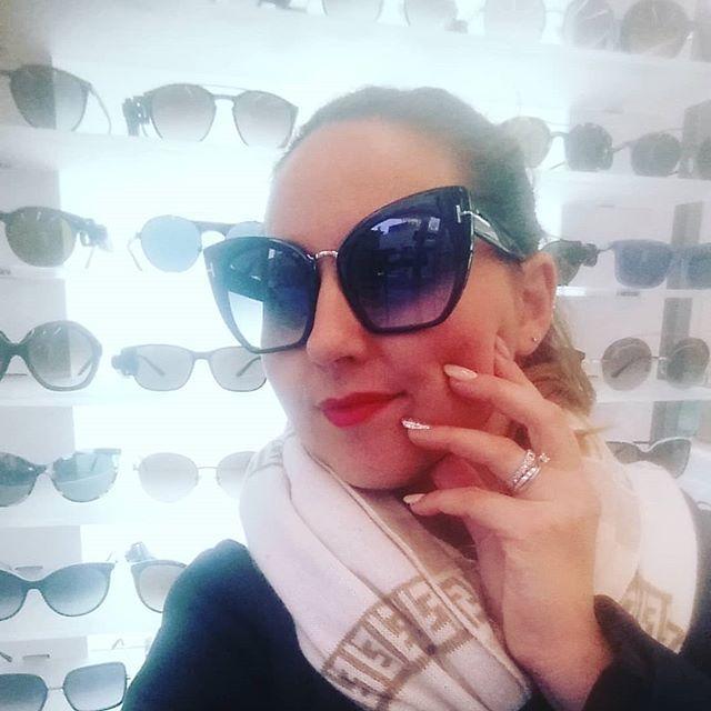 Ma quanto mi tenti @tomford Mod. Samantha #tomford #sunglasses #iloveotticabua #cisternadilatina #eyewear
