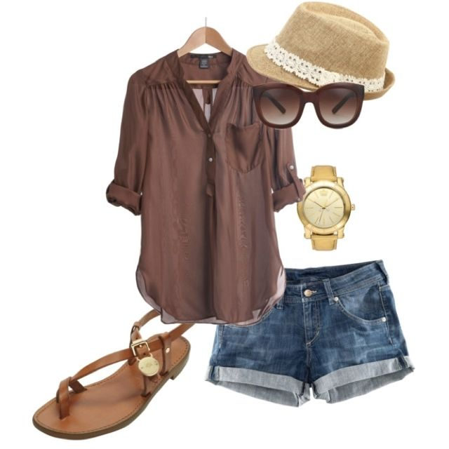 Grab this outfit & go sit on the beach with drinks!!