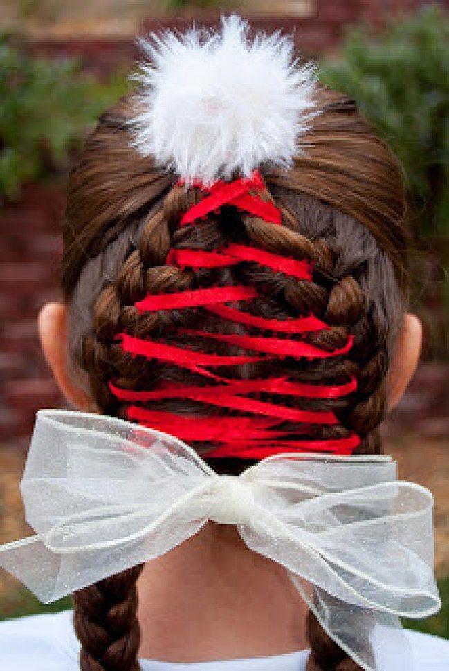 Delice Ou Delire 20 Coiffures De Noel Pour Enfant Vues Sur Pinterest Coiffure Noel Coiffure De Vacances Cheveux De Noel