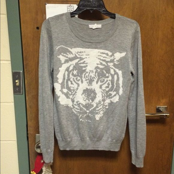 Gray Tiger Sweater Good for wearing collared shirts underneath Forever 21 Sweaters Crew & Scoop Necks
