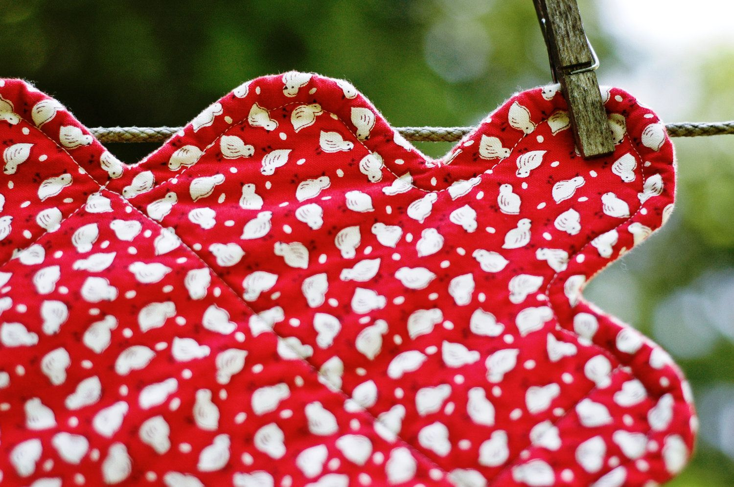 Red flannel fabric  Baby Quilt in Red Houndstooth Flannel and White Baby Chicks Ready