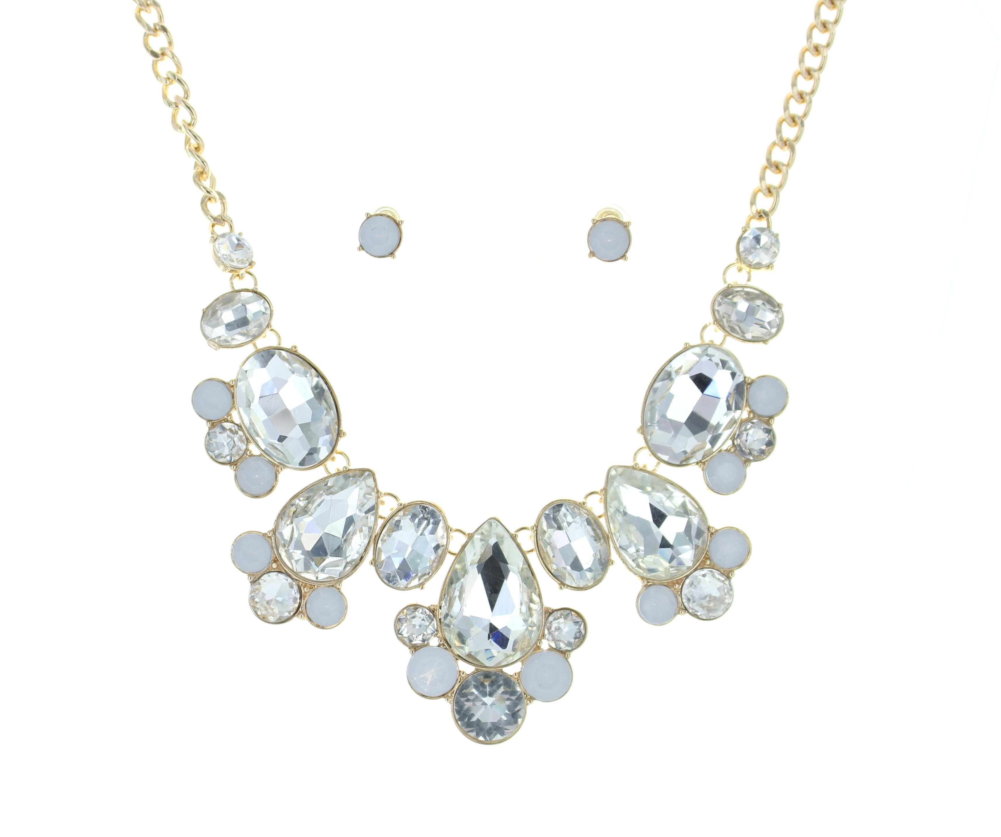 Best Of Everything! Showgirl Collar $16