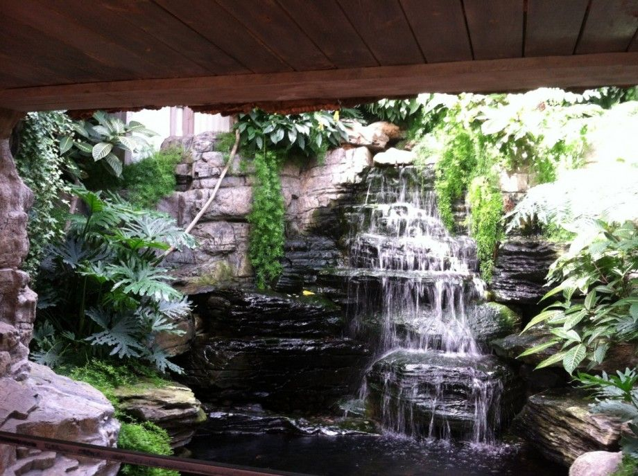 Natural Garden Waterfall Design Ideas For Indoor And Outdoor ...