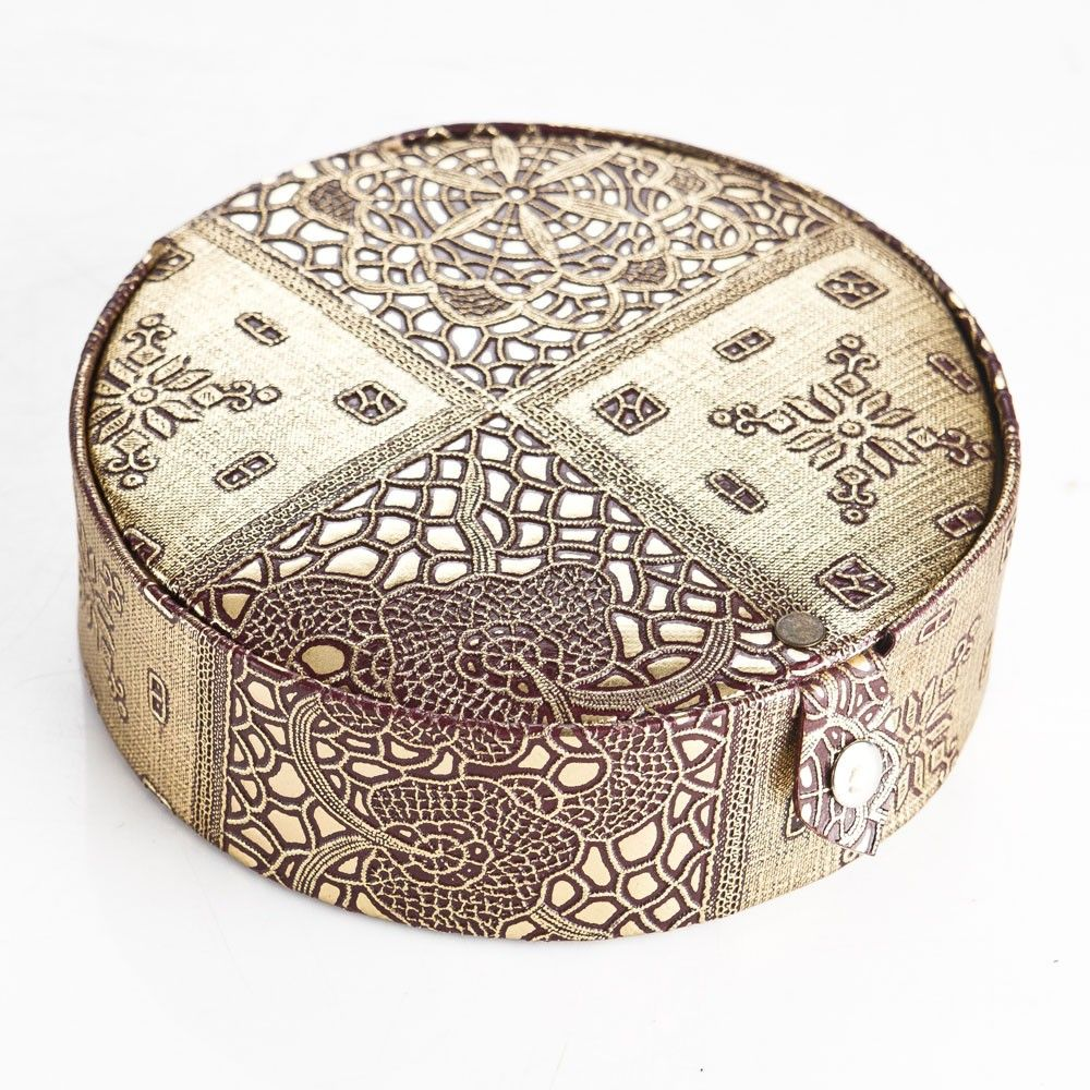 Return Gifts For Wedding Guests: Round Jewellery Box Return Gift For Wedding