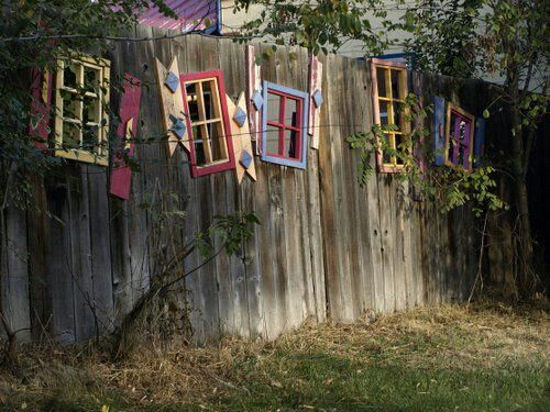 Fence Art Yes I love the crooked, painted windows Hadn\u0027t thought of - Windows Fences