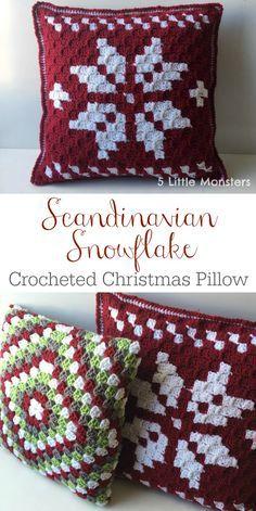Scandinavian Snowflake Christmas Pillow #crochetelements