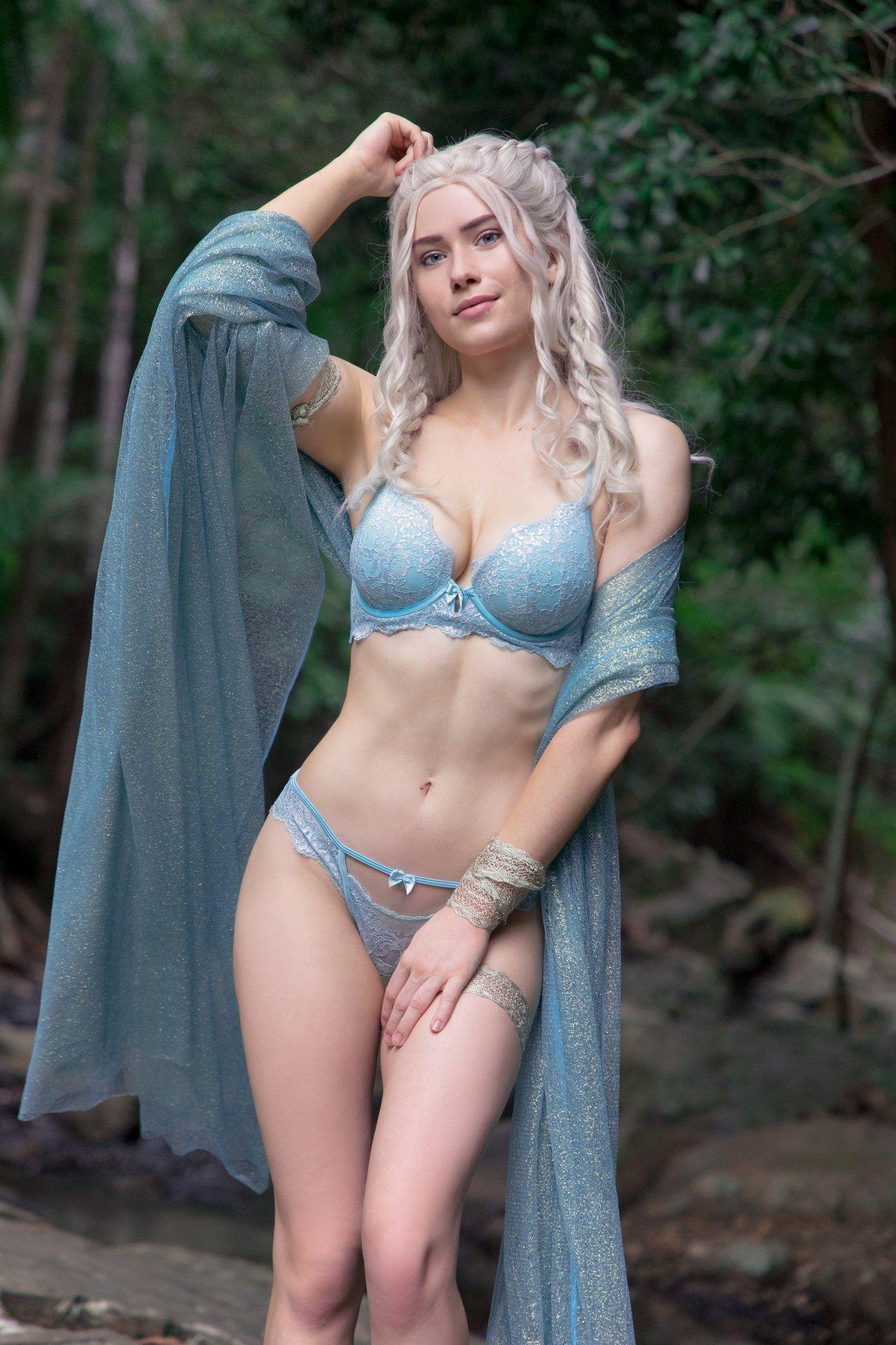 Nichameleon Daenerys Targaryen Cosplay