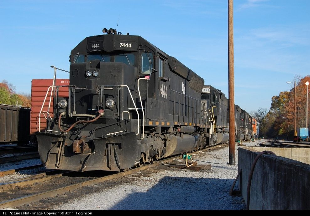 RailPicturesNet Photo LTEX 7444 Alabama \ Tennessee River EMD - railcar repair sample resume