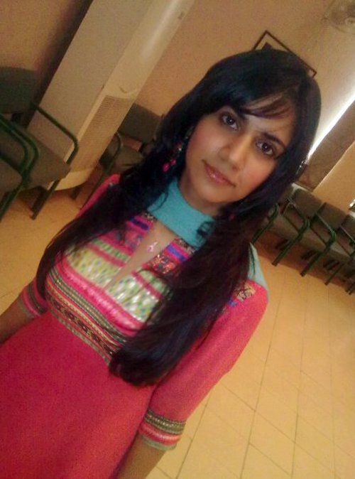 Young Gujarati Office Girl Hot Masala Pictures