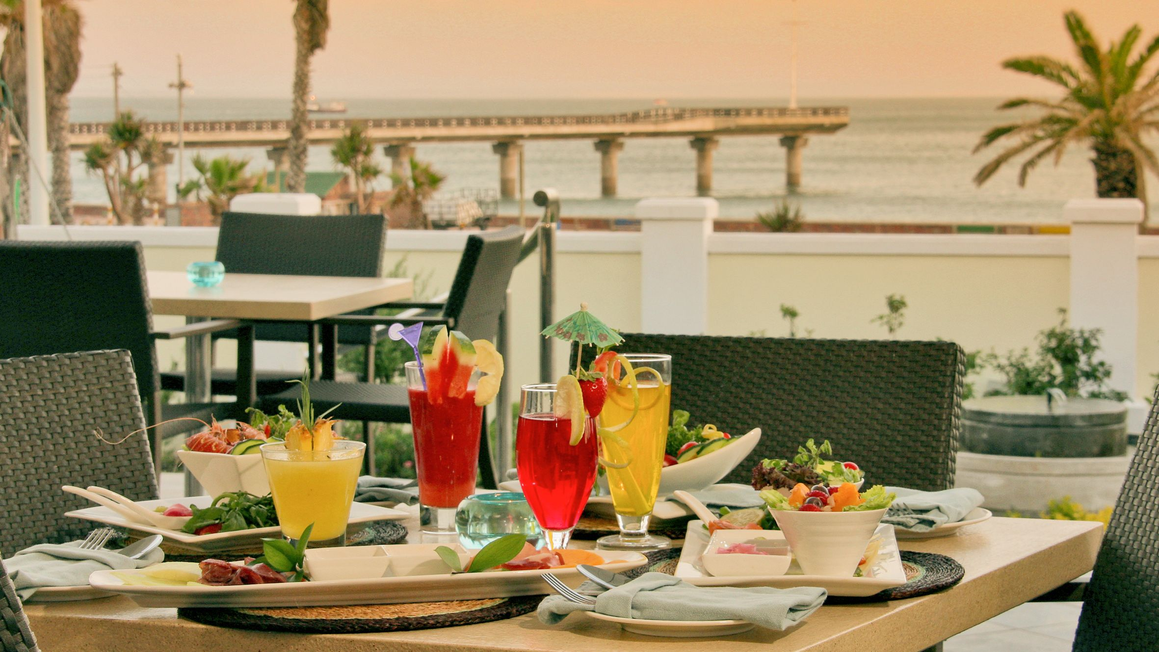#cocktails #beachfront #portelizabeth #thebeachhotel #luxury #accommodation #restaurant #theverandah