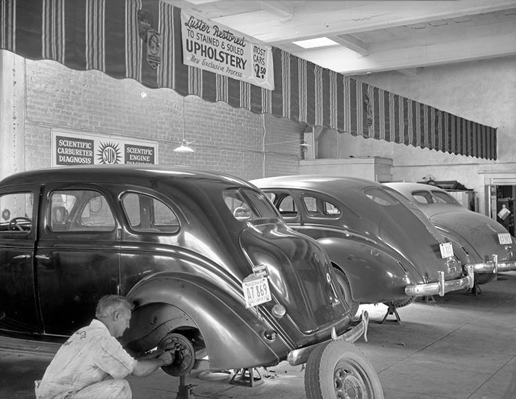 Auto repair at the Miller Brothers in the 1940s, 601 W