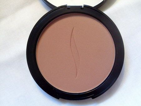 Sephora Collection Bronzer Review! - #sephora #bronzerreview #ceverythingbeauty #makeup - Love beauty? Go to bellashoot.com for beauty inspiration!