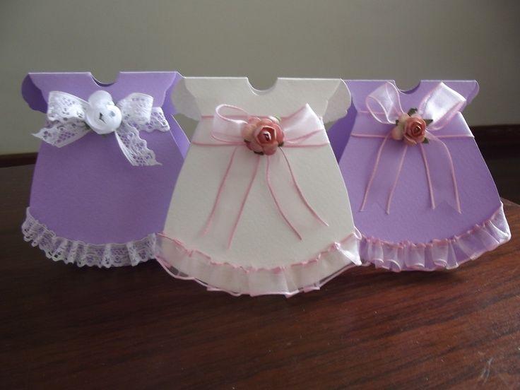 d6489aec3 Resultado de imagen para moldes de vestidos para tarjetas de baby shower
