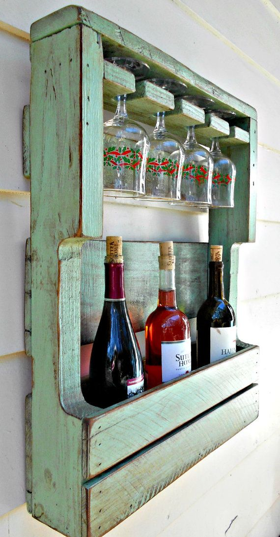 Rustic wood wine rack pallet wine rack by for Estantes para vinos