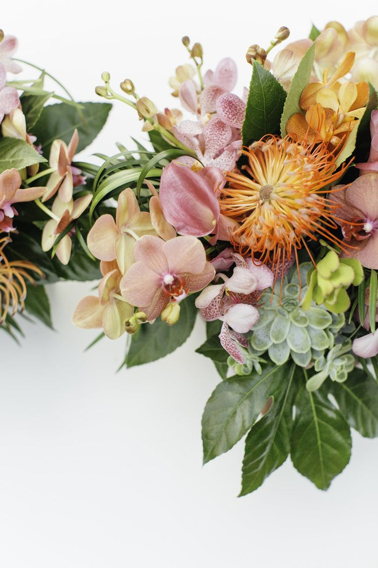 Lush tropical flowers for a destination wedding by moana events lush tropical flowers for a destination wedding by moana events izmirmasajfo