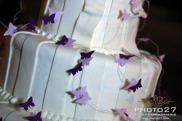 BUTTERFLIES_ wedding _cake @Aaron De Simone @Maia McDonald @Martha Stewart Weddings Magazine @Yoshihiro Ogawa