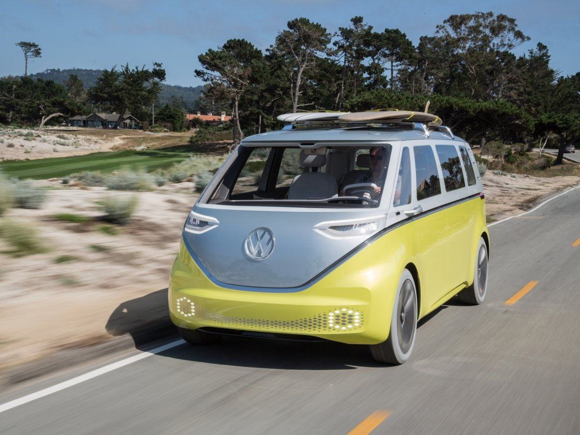 Vw S Iconic Microbus Is Making A Comeback In 2022 And It S Getting A Big Update Volkswagen Electric Cars Volkswagen Bus
