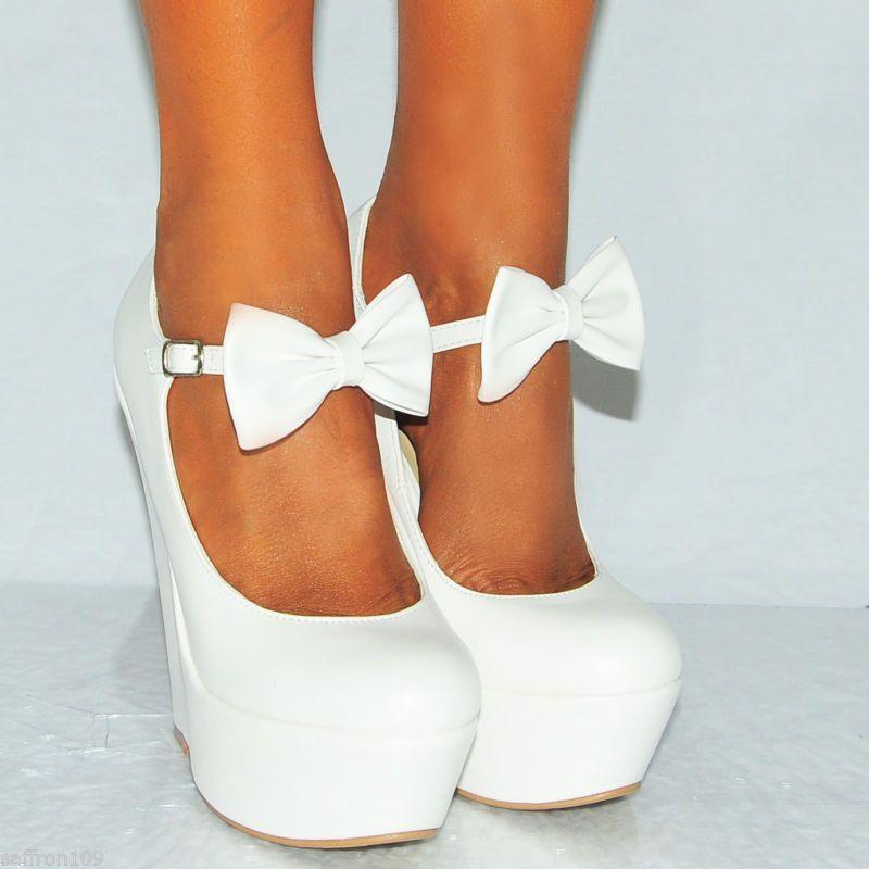 Ladies Wedged Ballet Shoes