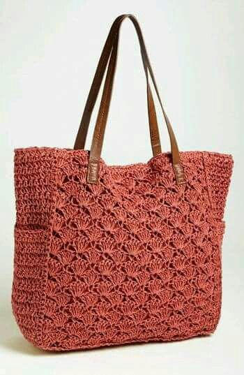 Love this color. Comfortable tote.   Bags - DIY Crochet   Pinterest