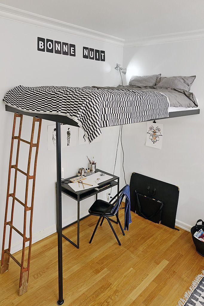 Un lit en mezzanine, une bonne idée | Mezzanine bed, Small ...