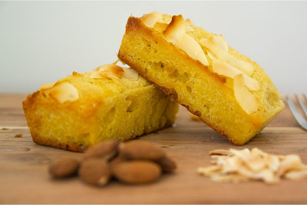 Coconut almond keto cakes recipe keto cake coconut
