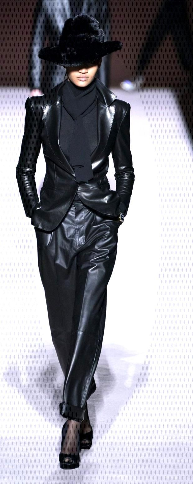 Tom Ford Fall-winter 2019-2020 - Ready-to-Wear : Tom Ford Fall-winter 2019-2020 - Ready-to-Wear