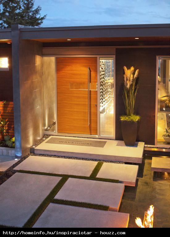 Úszó járda | Bejárat | Pinterest | House facades, Exterior design ...