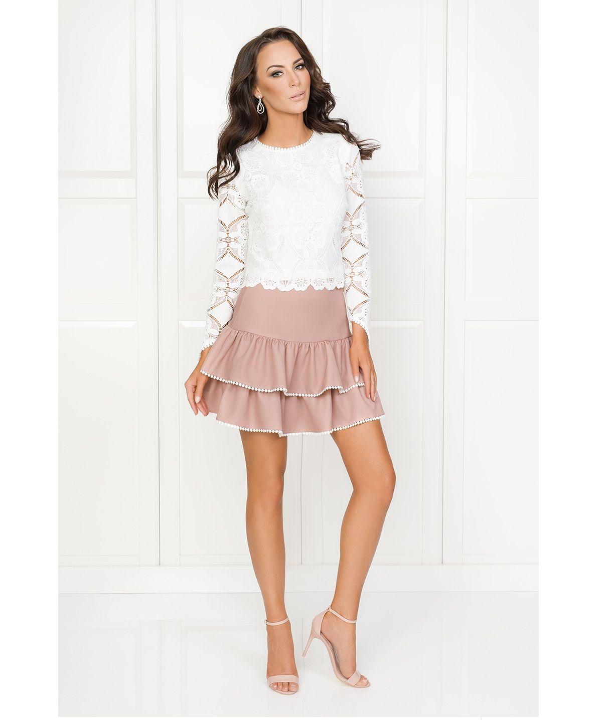fe20a2f03286f1 Illuminate.pl Komplet Nell -Spódnica o długości mini oraz elegancka  koronkowa biała bluzeczka z