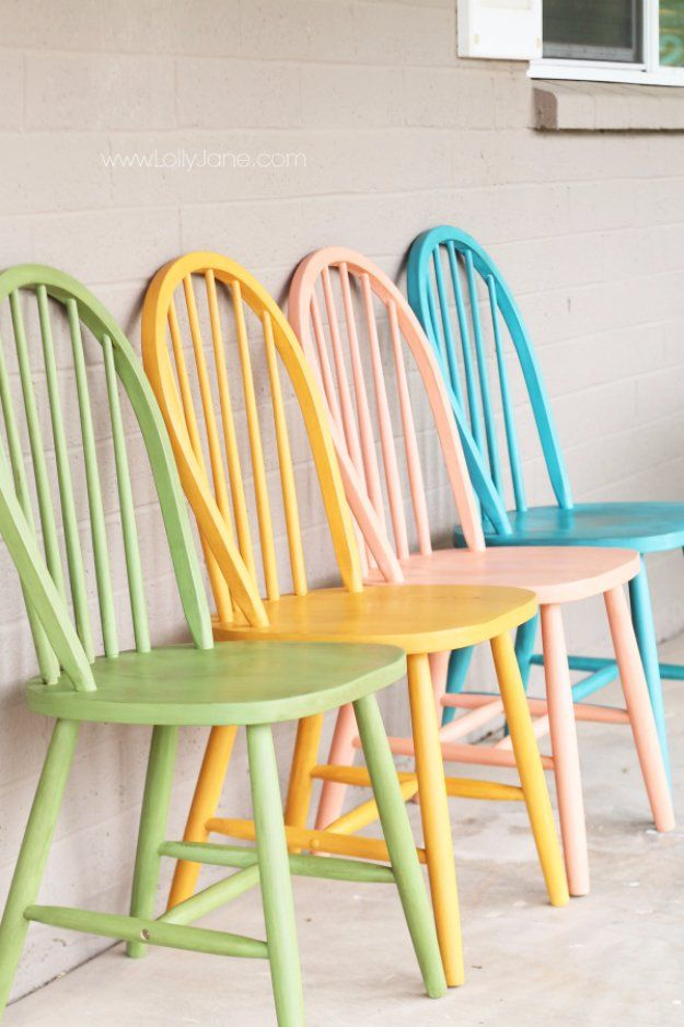 Charmant DIY Chalk Paint Furniture Ideas With Step By Step Tutorials   Colorful  Chalk Painted Chairs   How To Make Distressed Furniture For Creative Home  Decor ...