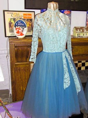 the sisters number dress from white christmas the top lace has faded but look at that amazing lace 1954 seems to be in the rosemary clooney museum in - White Christmas Sisters