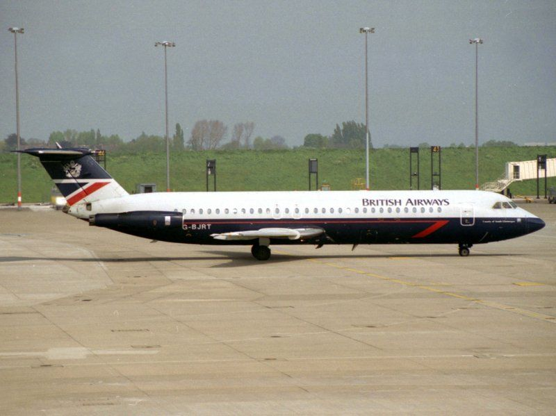 10 June 1990 – British Airways Flight 5390, operated by BAC One ...