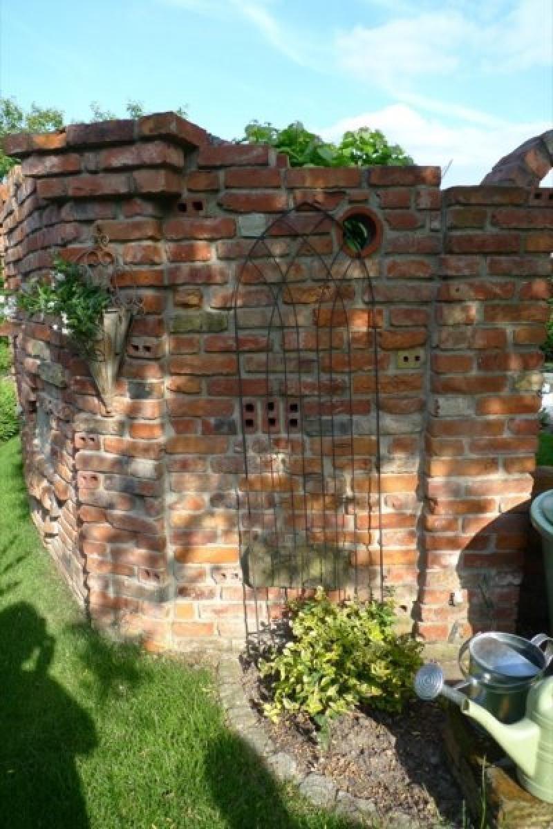 Inspirationen Fur Ruinenmauern Im Garten Mit Bildern