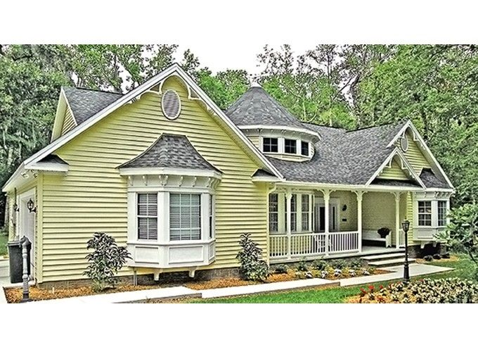 Country Style House Plan 3 Beds 2 Baths 1800 Sq Ft Plan 314 278 Victorian House Plans Country Style House Plans Basement House Plans