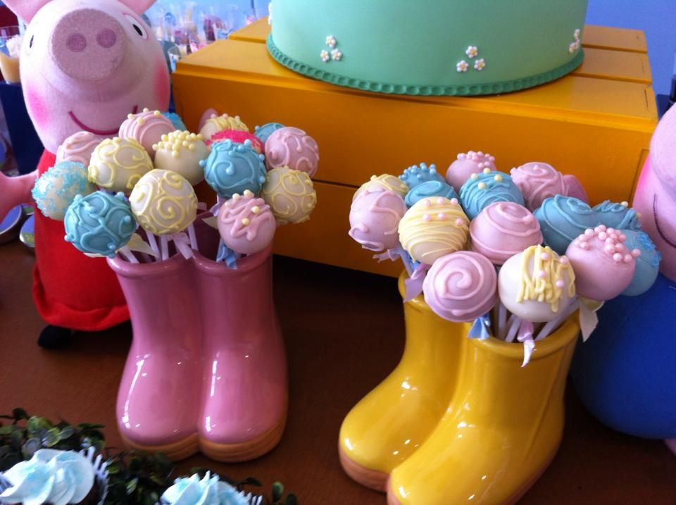 Peppa Pig Cake Pops Google Search Ella S 3rd Birthday