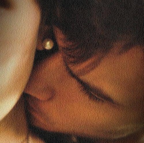 """""""Só amamos uma mulher quando gostamos do seu cheiro. Amar é beber um cheiro. É transporta-lo para dentro de nós."""""""