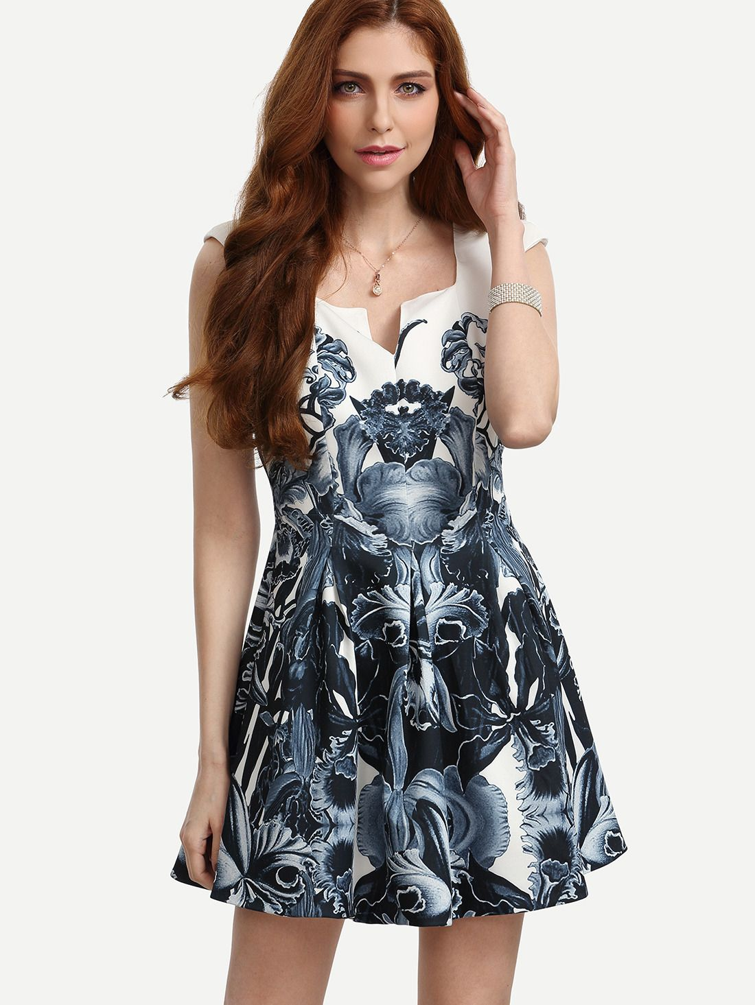 ¡Cómpralo ya!. Multicolor Print Shoulder Pad V Neck Dress. Blue Elegant Polyester V Neck Cap Sleeve A Line Short Floral Fabric has no stretch Summer Skater Dresses. , vestidoinformal, casual, informales, informal, day, kleidcasual, vestidoinformal, robeinformelle, vestitoinformale, día. Vestido informal  de mujer   de SheIn.