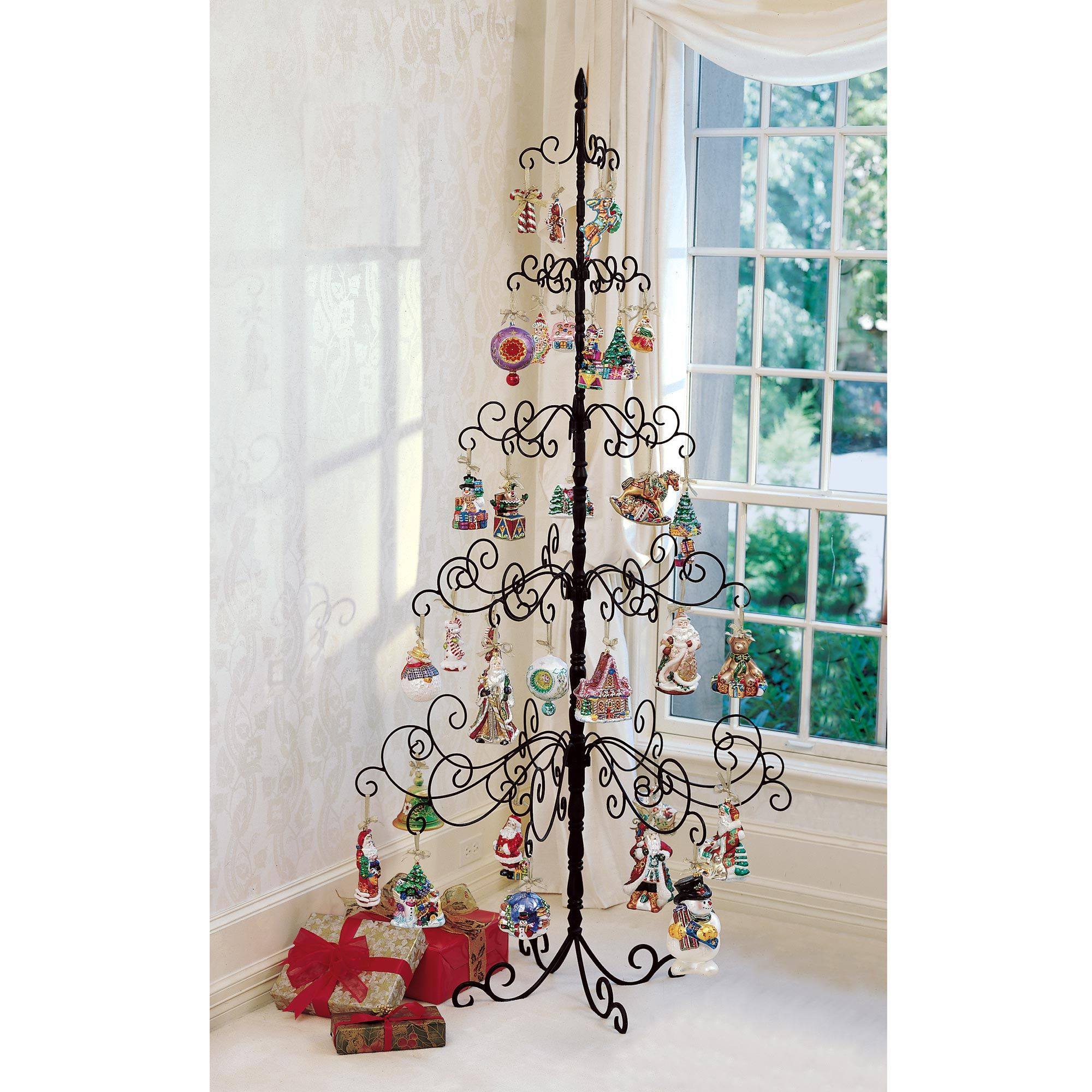 Metal christmas ornament tree - Cute Idea For Those Special Ornaments That You Want People To See Pinner Said Wrought Iron Christmas Tree Metal Christmas Tree Ornament Tree