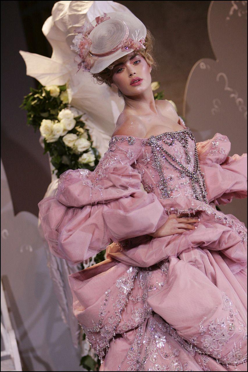 Doutzen Kroes - Dior Autumn/Winter 2007/2008 Haute Couture ...