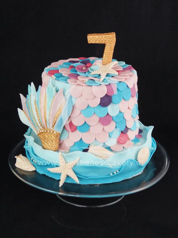 Zum 7 Geburtstag Eine Kleine Mermaid Torte Geburtstagskuchen Kuchen Ideen Torten