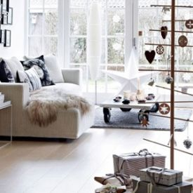 A round up of stylish and alternative xmas trees for your  holiday home decor.  {this image via RUM magazine}