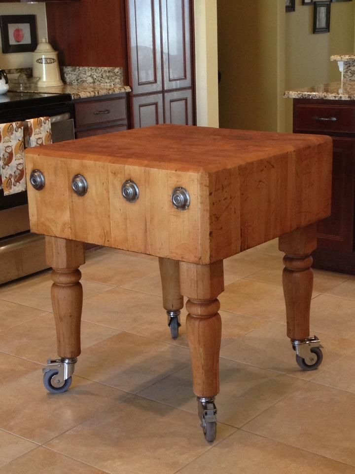 A Once In A Lifetime Lucky Thrift Store Find I Found This Solid Vintage Butcher Block At A Fantastic Vintage Kitchen Table Vintage Kitchen Kitchen Table Decor