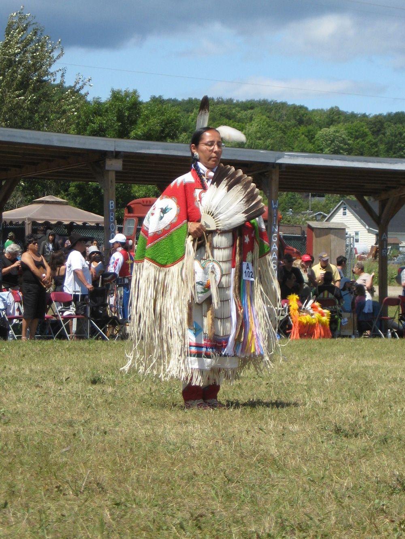Book explores folk dance across canada for insight into