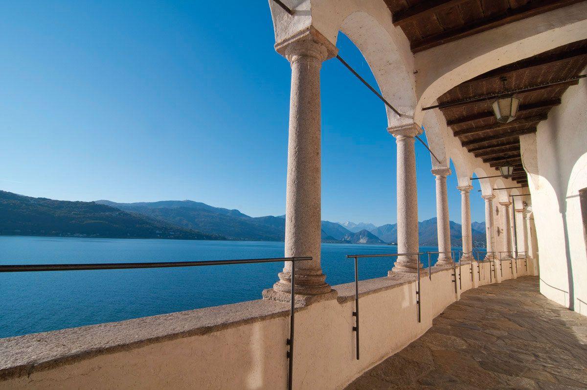 Percorso su vista Lago Maggiore da Santa Caterina del